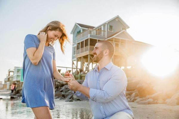 Engagementphotocharlestonkneeandsunset